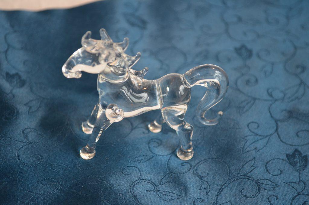 アウトレット ガラスの馬