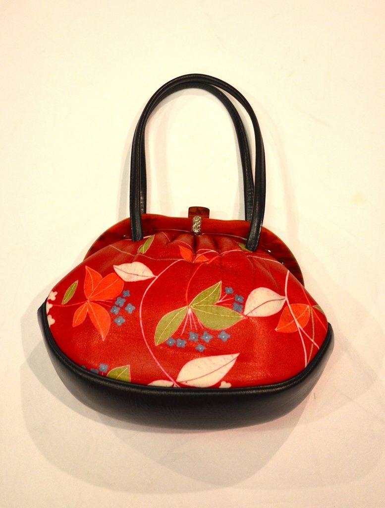 ヴィンテージレトロな昭和初期の【がまぐち】バッグ お花柄